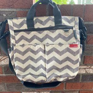 Skip Hop Duo Grey/white Chevron Diaper Bag